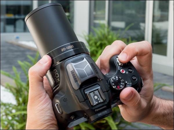 Лучшие фотоаппараты - Panasonic Lumix FZ72
