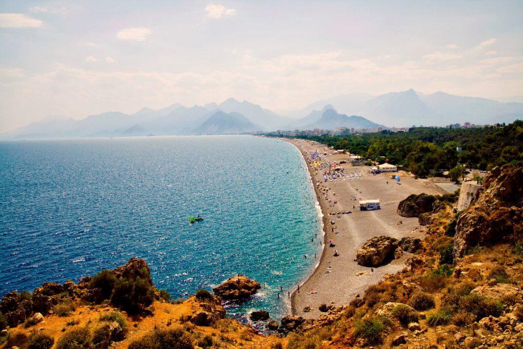 Лучшие пляжи Турции - Пляж Коньяалты (Анталия)