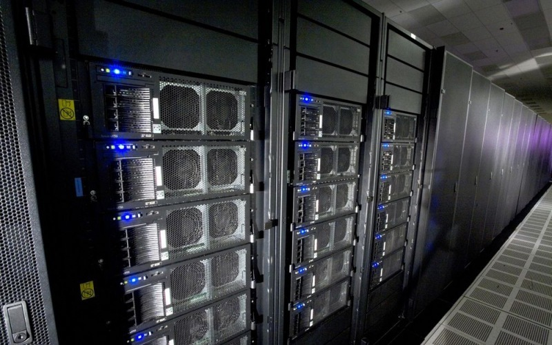 Самые дорогие компьютеры -Sieraa, Summit
