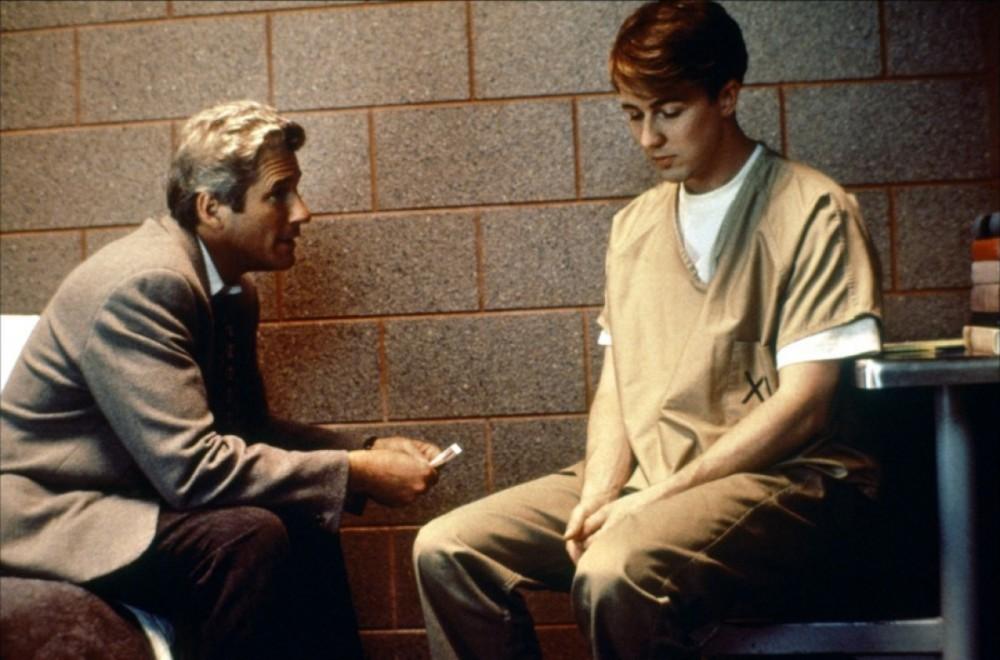 Лучшие фильмы с Эдвардом Нортоном - Первобытный страх