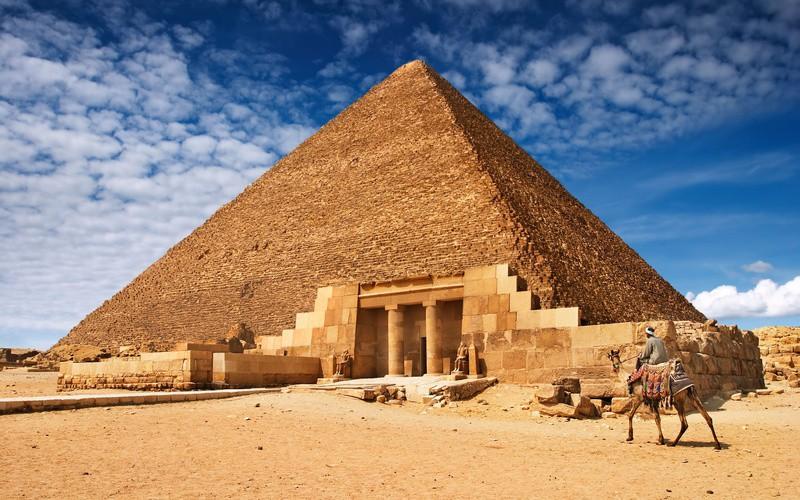 Долина пирамид вГизе
