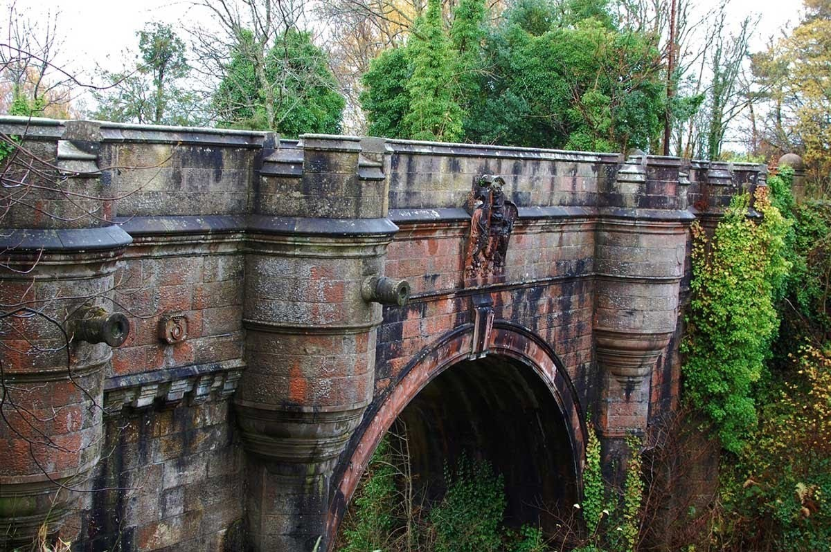 Овертонский мост, Шотландия