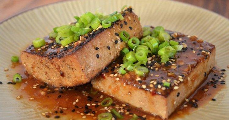 Тофу с чесноком