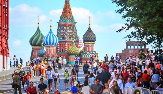 Топ-3 опасных для россиян туристических направлений