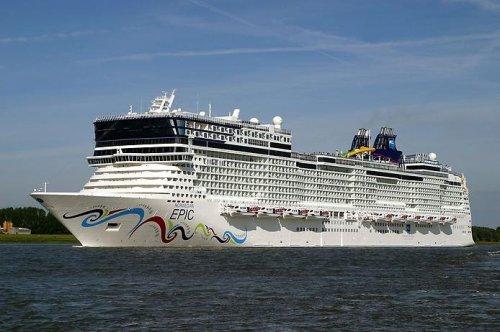 ТОП-10 больших круизных кораблей мира