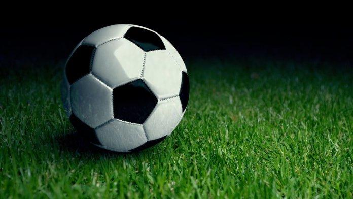 Топ-10 стратегий ставок на футбол