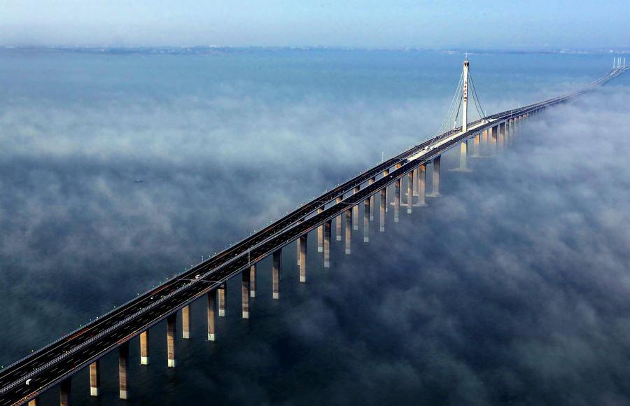 Необычные мосты: 15 удивительных сооружений со всего мира